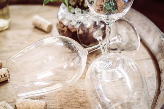 Il ristorante I Salici Ridenti seleziona ottimi vini piemontesi nel pieno rispetto della tradizione e della qualità.